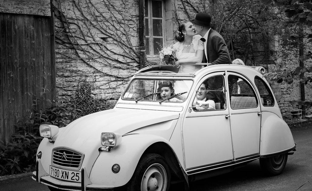 bephil photographie mariage reportage mariés arrivée voiture